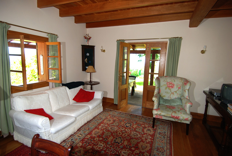 Charming country holiday cottages on madeira island to let for Salon sejour