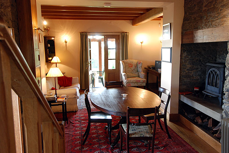 Charming country holiday cottages on madeira island to let for Salle a manger stone but